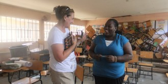 Working the teachers is a joy! This is Yeni from Corazal.