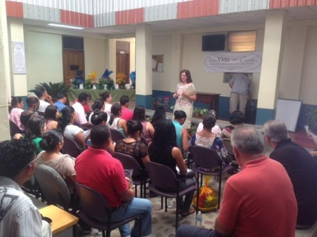 Speaking to the teachers of The Cuenca, the area of mountain villages near La Ceiba.